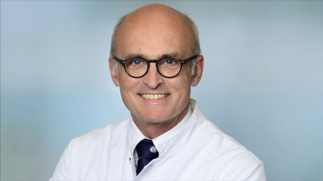 FOTO: Portrait Prof. Dr. Andreas Gross