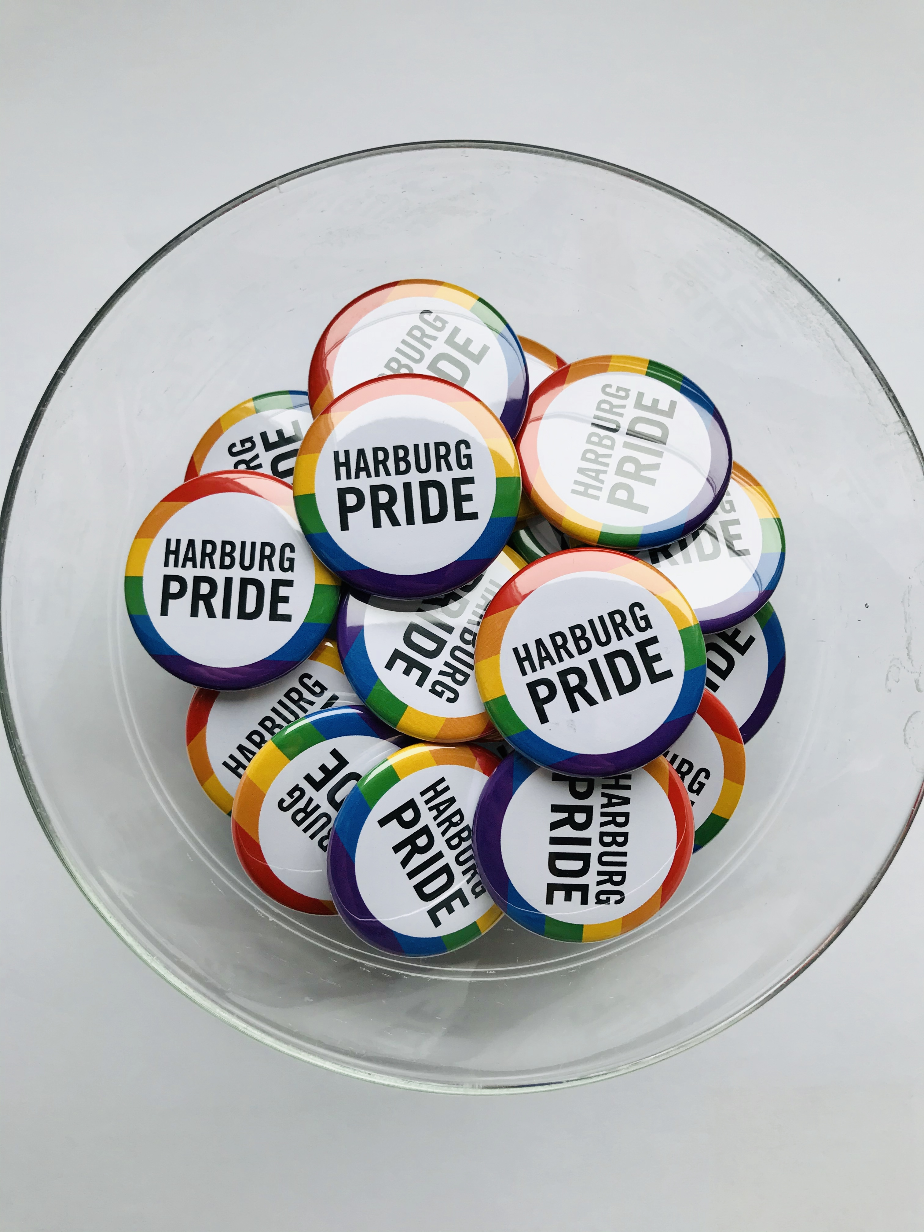Harburg Pride Buttons